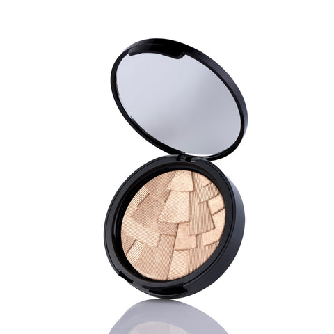 Anastasia Beverly Hills Illuminator in So Hollywood