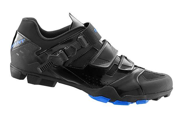 GIRO Women's Riela R Black/Charcoal 42