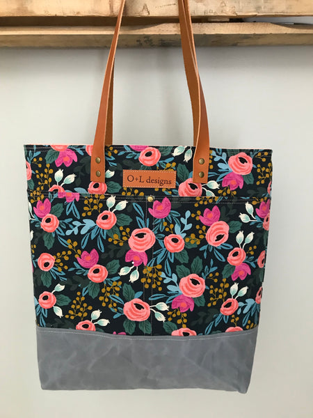 AVAILABLE JUNE 30- The Abby Tote- NAVY