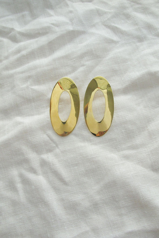 Oval Unpaired Earrings - MUNS