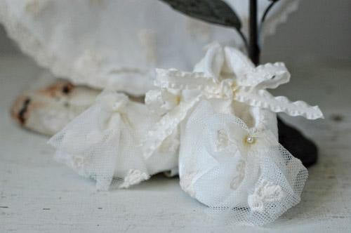 Romantique Bebe Victoria Crib Shoes