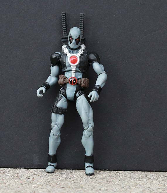 X-Force Deadpool Marvel Universe 3.75""