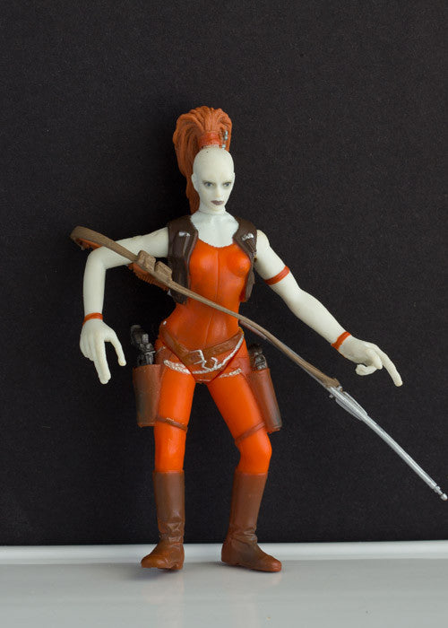 AURRA SING (BOUNTY HUNTER) - STAR WARS POWER OF THE JEDI, 2001 LOOSE 3.75""