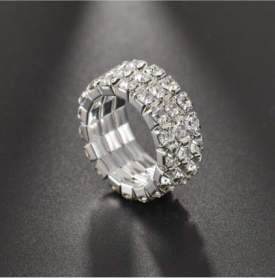ABIGAIL CRYSTAL 1-5 ROW STRETCH RINGS