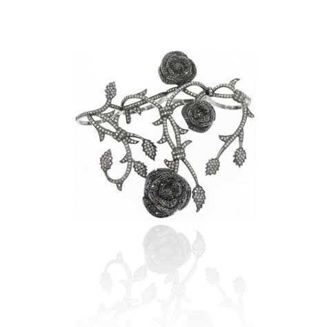 Floral Pattern Multi Filger Diamond And Silver Ring