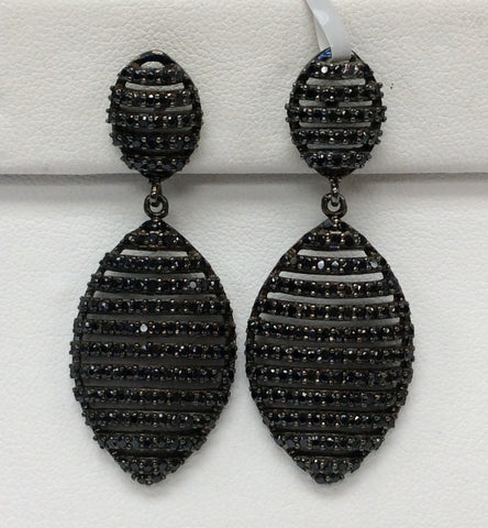 Earring Black Spinel