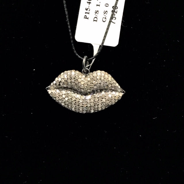 Lip Shape Diamond Pendant