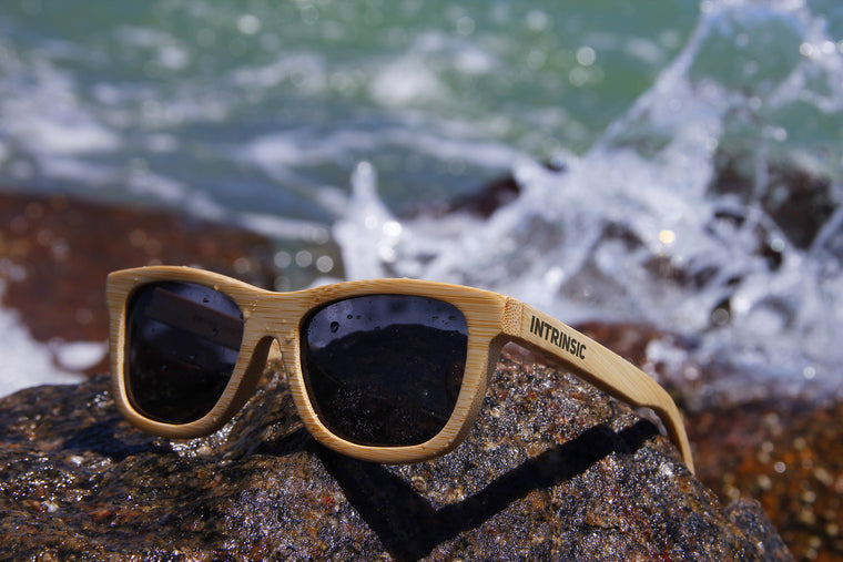 F L O A T Bamboo Polarized Sunglasses