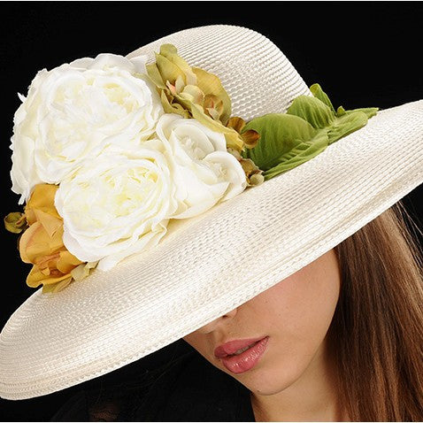 SE7008- Summer hat for ladies with leaf trim and flowers