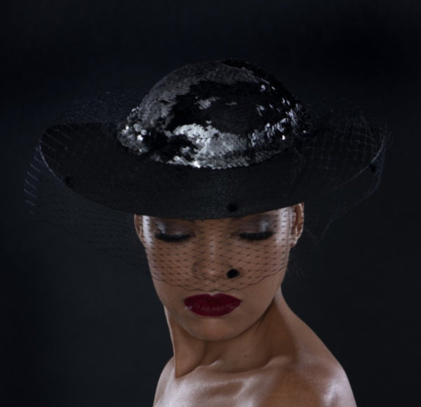 FH3330- Black funeral hat with veil