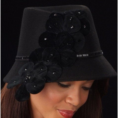 FW1121-Black velvet flower ladies winter hat - SHENOR COLLECTIONS