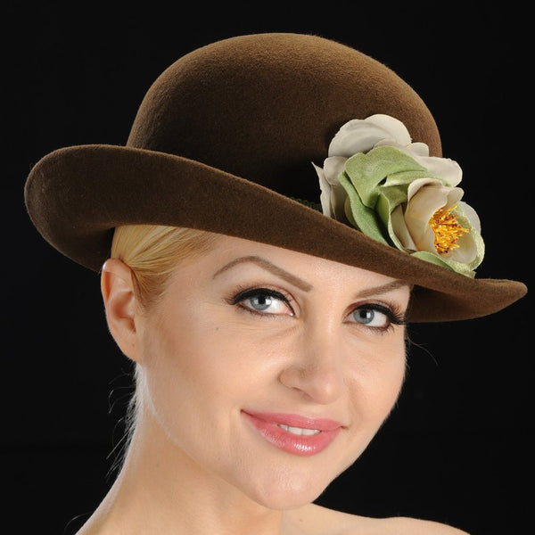 FW1123 Brown felt winter hat  with velvet cream and green flower - SHENOR COLLECTIONS
