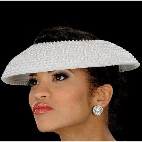 Pearl covered ladies straw fascinator