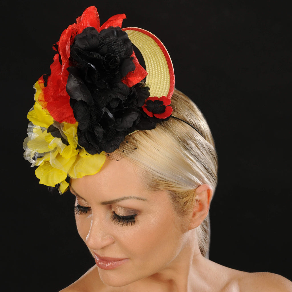 F6027- Ladies straw fascinator with flowers - SHENOR COLLECTIONS
