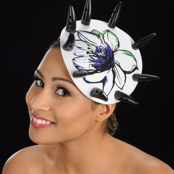F6017-White Straw fascinator with small horns and floral flower applique