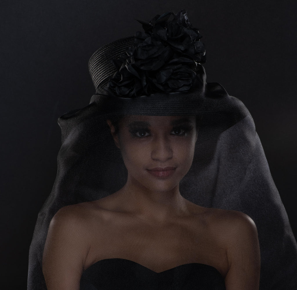F33002- Ladies black funeral dress hat with veil