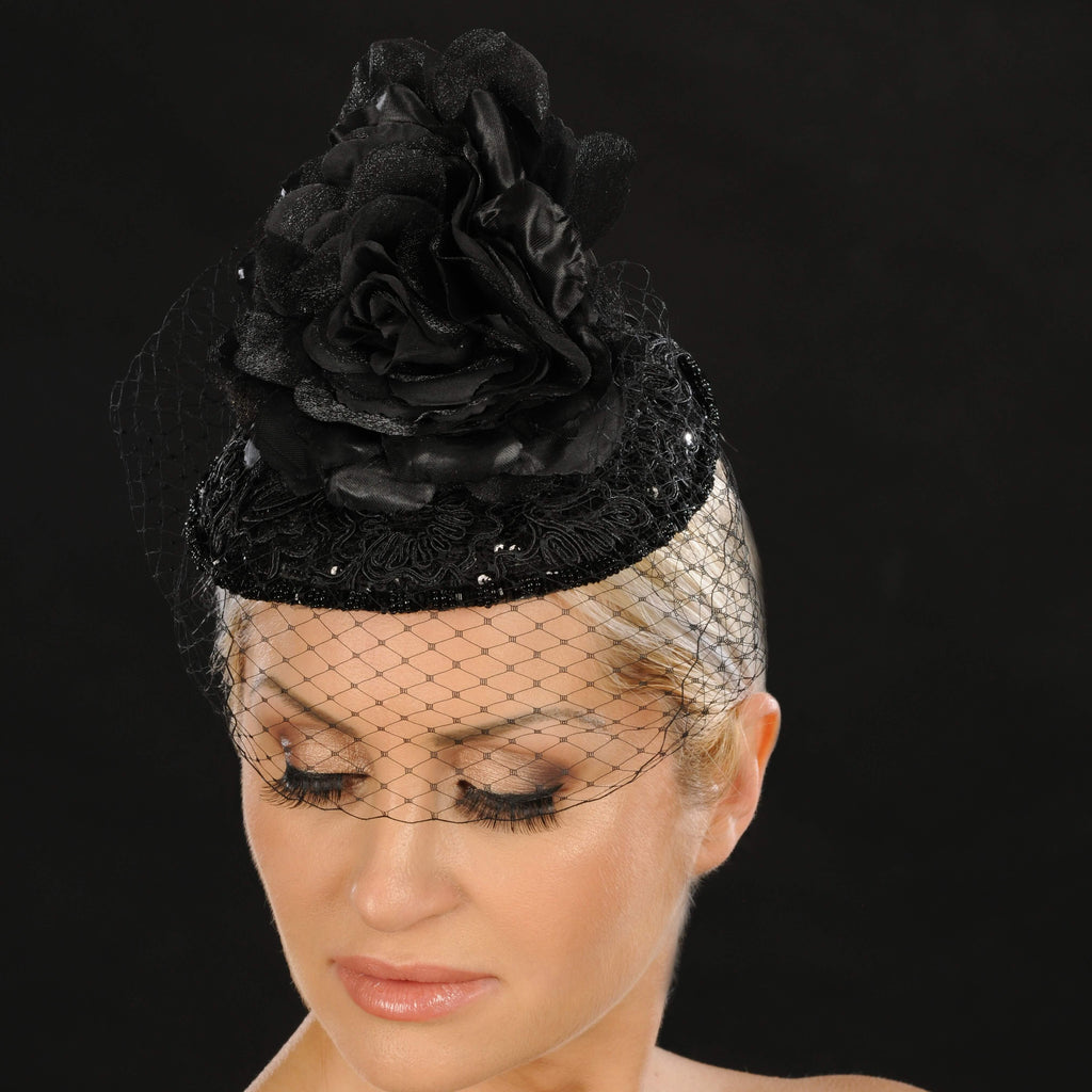 BW9033- Black fascinator covered with lace/flower - SHENOR COLLECTIONS