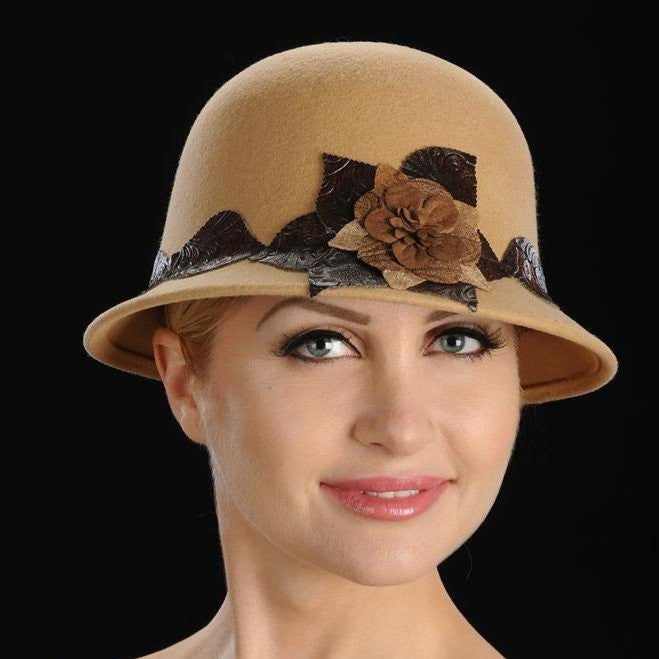 FW1106-Tan ladies felt with velvet flower and leather trim - SHENOR COLLECTIONS
