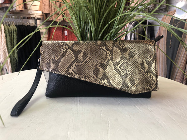 Asymmetrical Snakeskin Print Clutch/Crossbody Bag - Python/Black