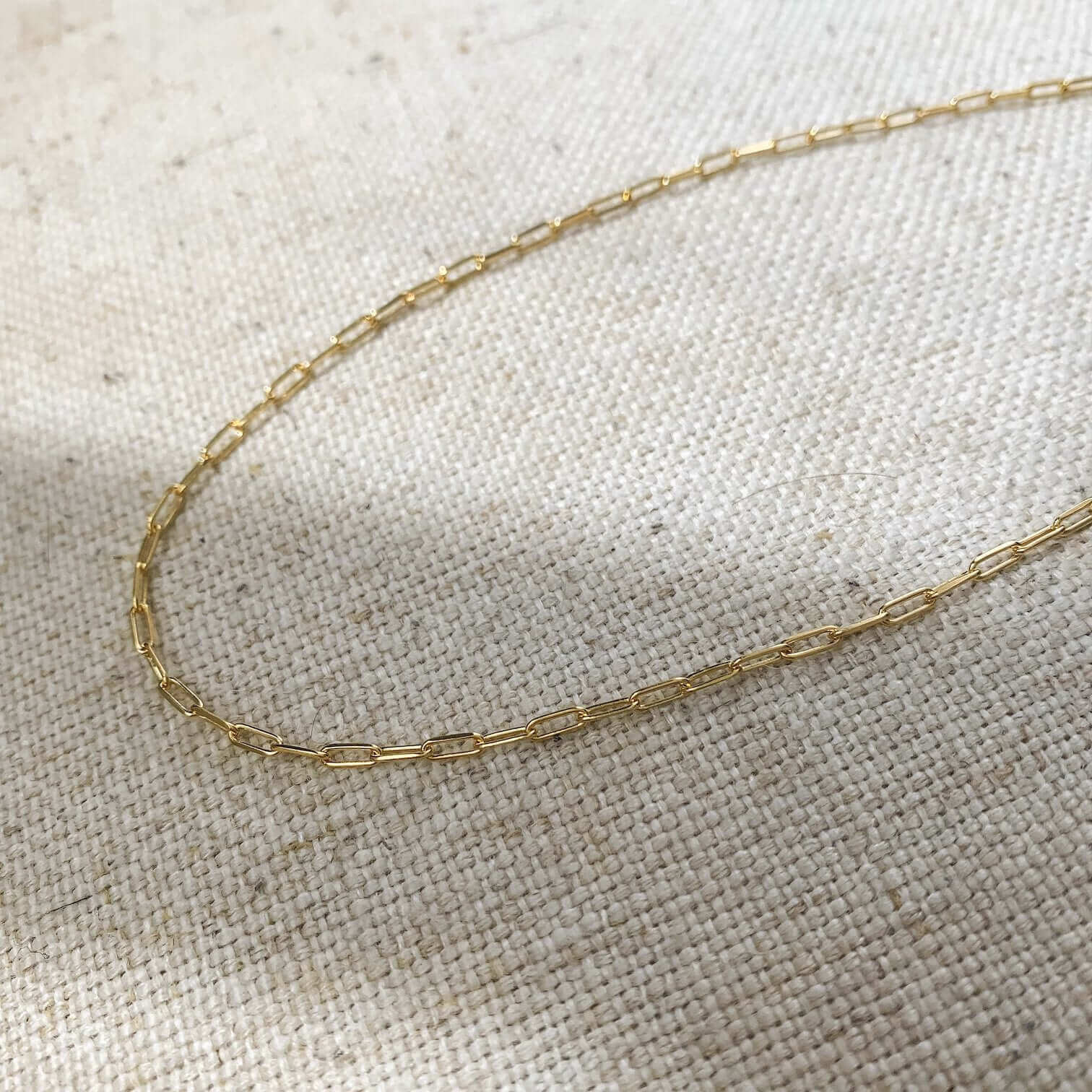 14k gold paper clip necklace chain lay flat photo kemmi collection jewelry boho chic