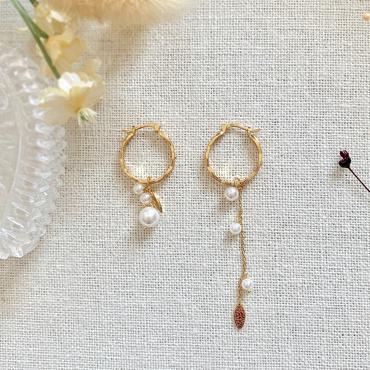 Yellow Gold Vie Pearl Earrings