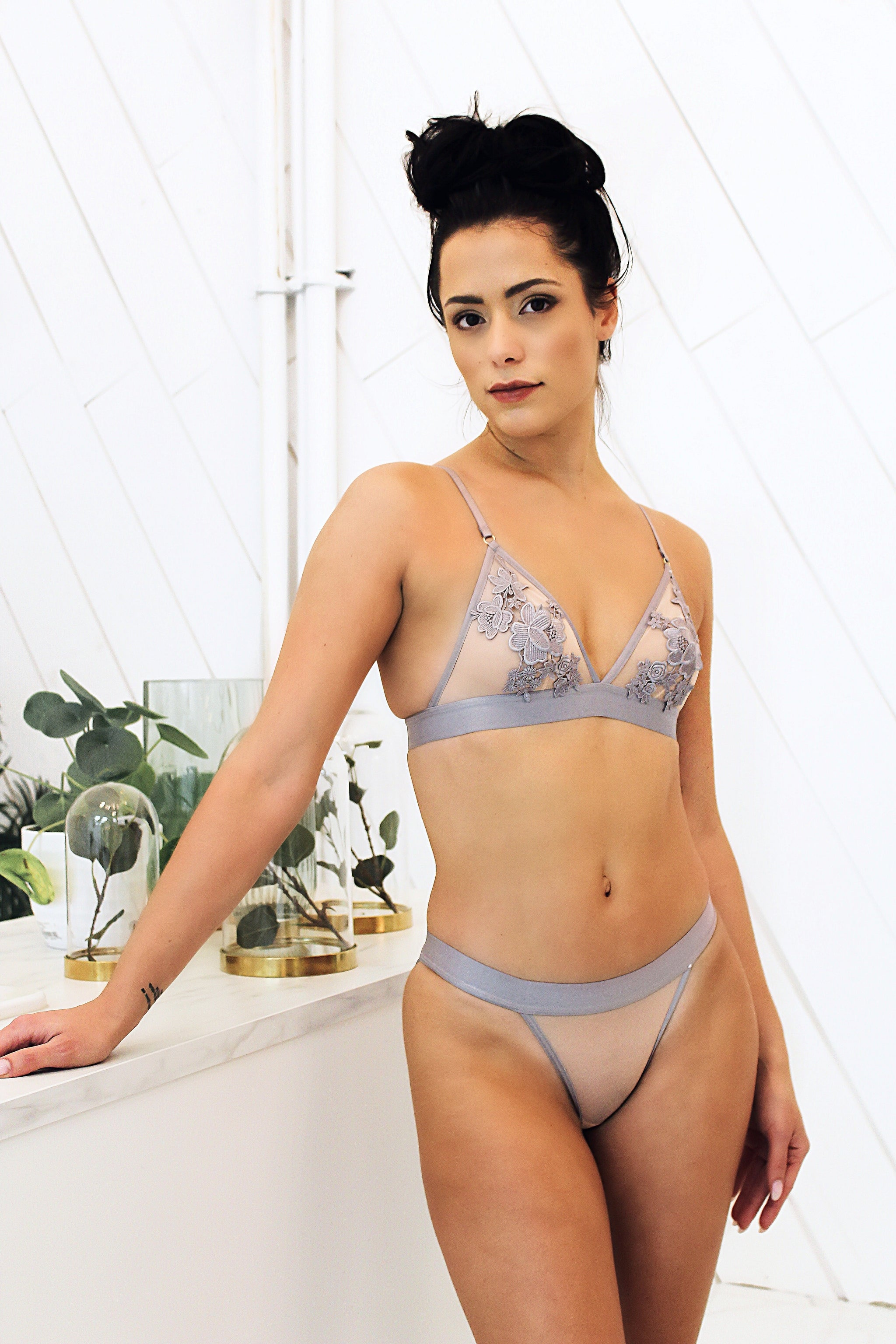 Lingerie Avalon Grey Bralette