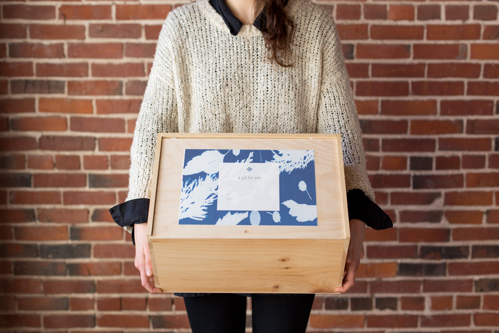 k colette Special Edition Pine Wood Gift Box