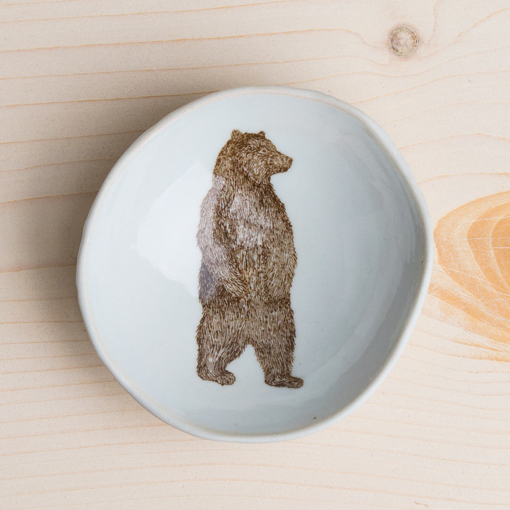 wood grain round dish-art & decor - decorative objects - kitchen & dining - serveware-skt ceramics-standing bear-k colette