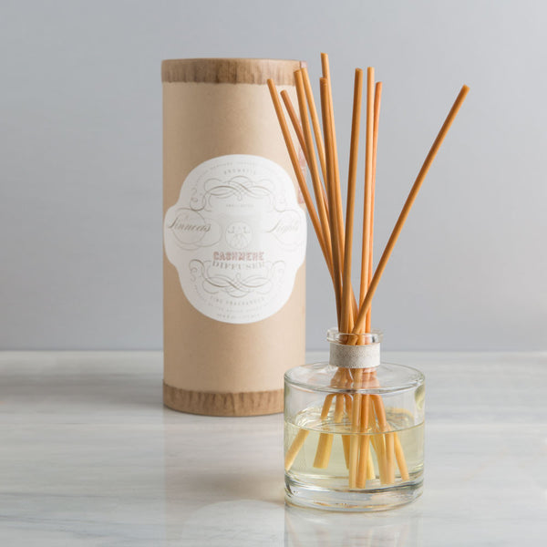 cashmere oil diffuser-apothecary - fragrance - holiday-linnea's lights-k colette