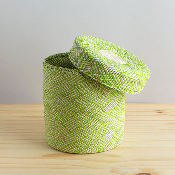 lidded africa iraca straw basket, lime green-none-guanábana-k colette