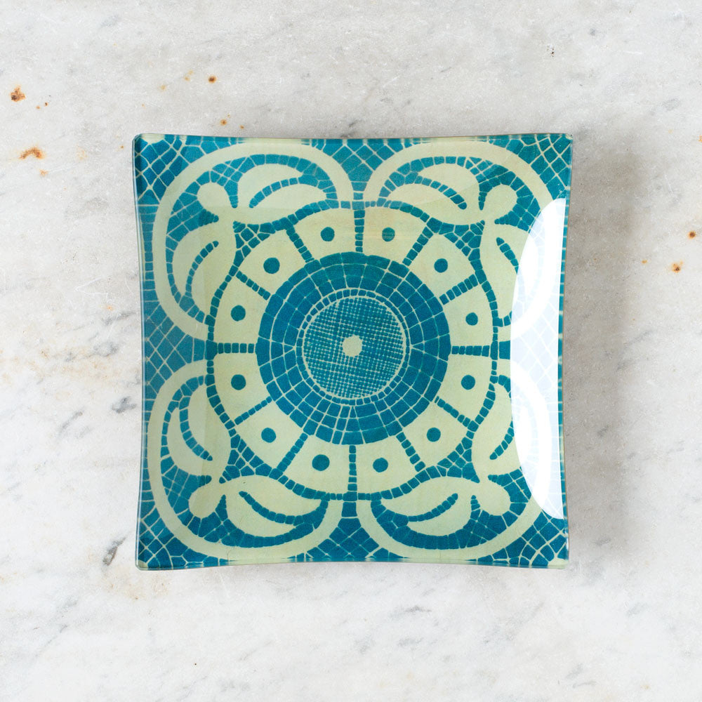 cyanotype of lace pattern: blue flower un vide poche tray-art & decor - decoupage-john derian-k colette