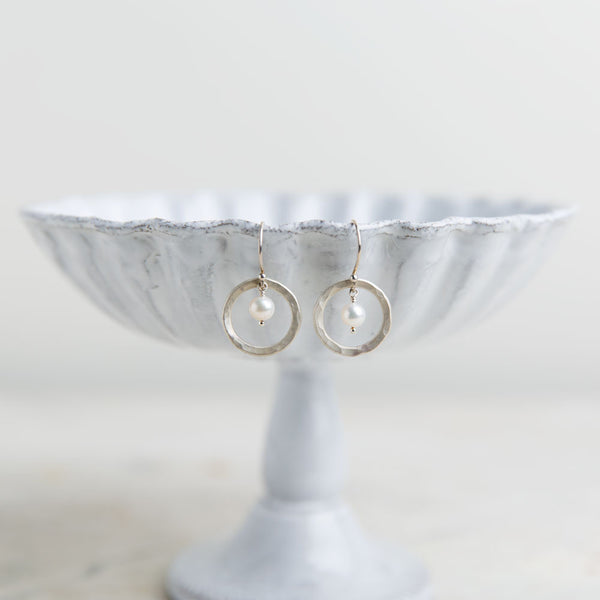 hammered circle pearl earrings-accessories - jewelry-lisa gent jewelry-Pearl-k colette