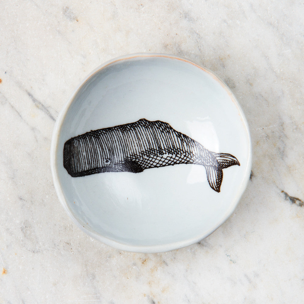 wood grain round dish-art & decor - decorative objects - kitchen & dining - serveware-skt ceramics-whale-k colette