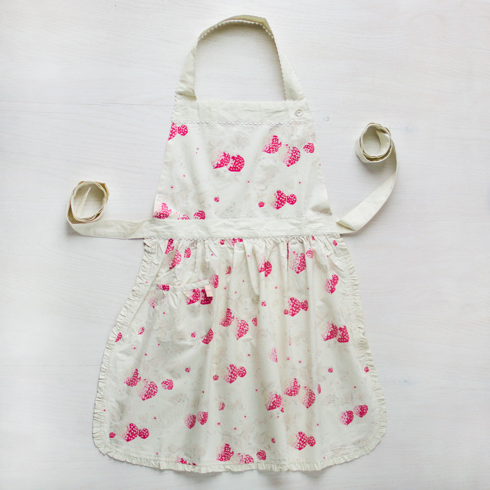 berries apron-kitchen & dining - tea towels & aprons - special-taylor linens-k colette