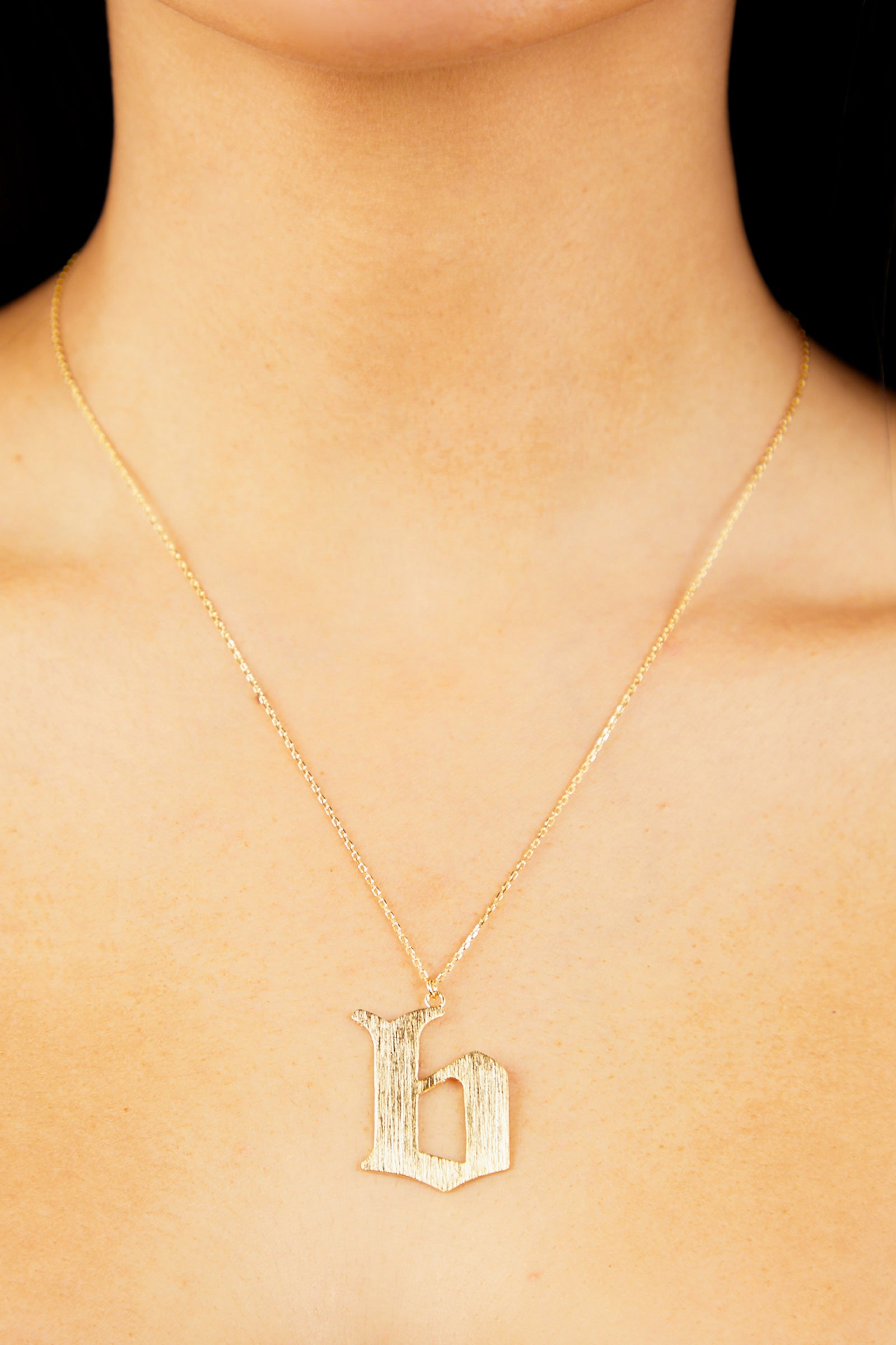 Letter B Thick Initial Necklace - Gold