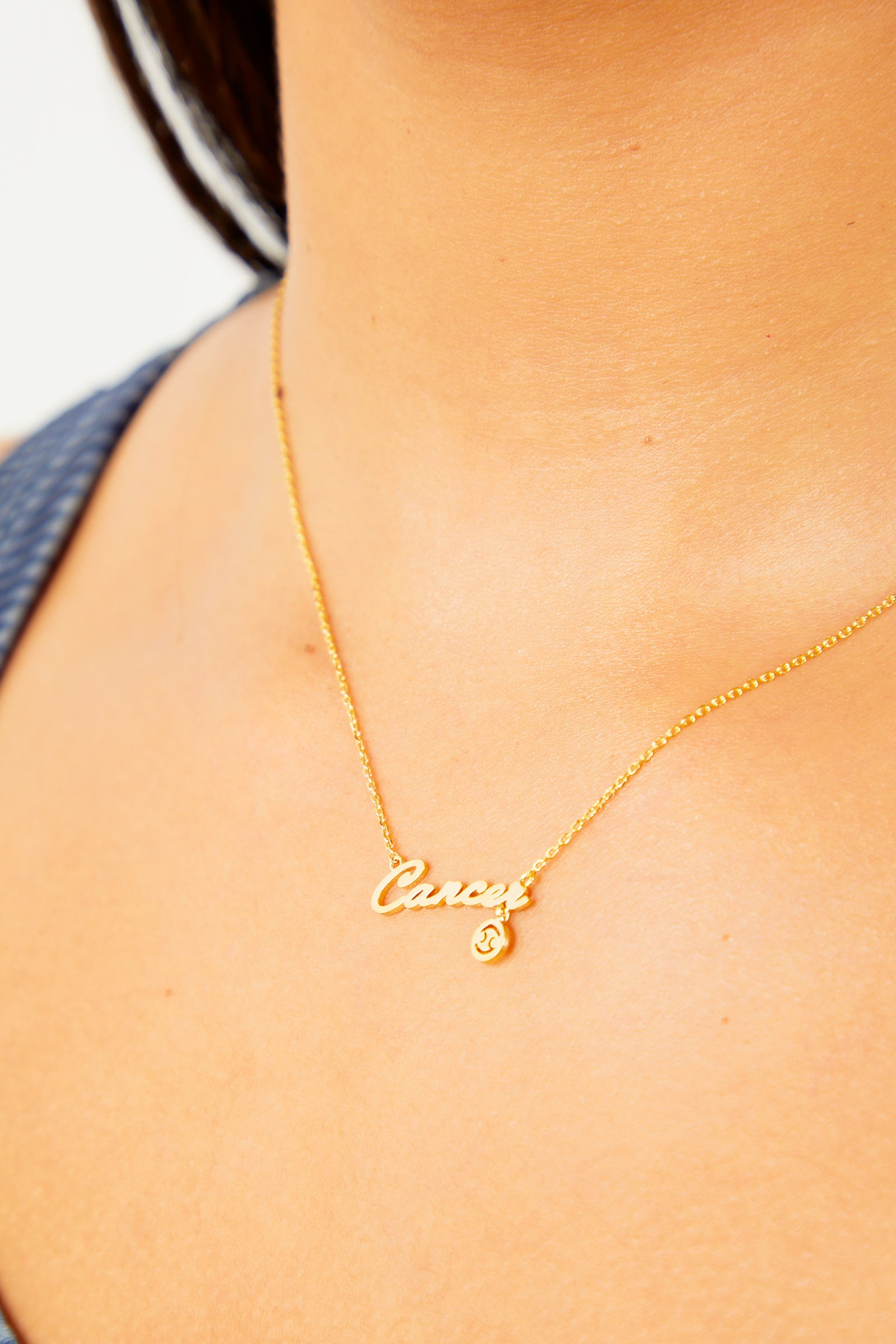 Cancer Nameplate Necklace - Gold