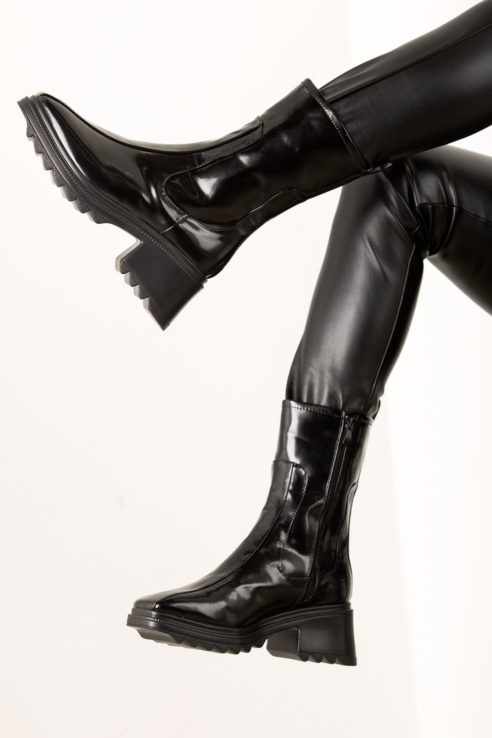 Black Rain Boot Heel