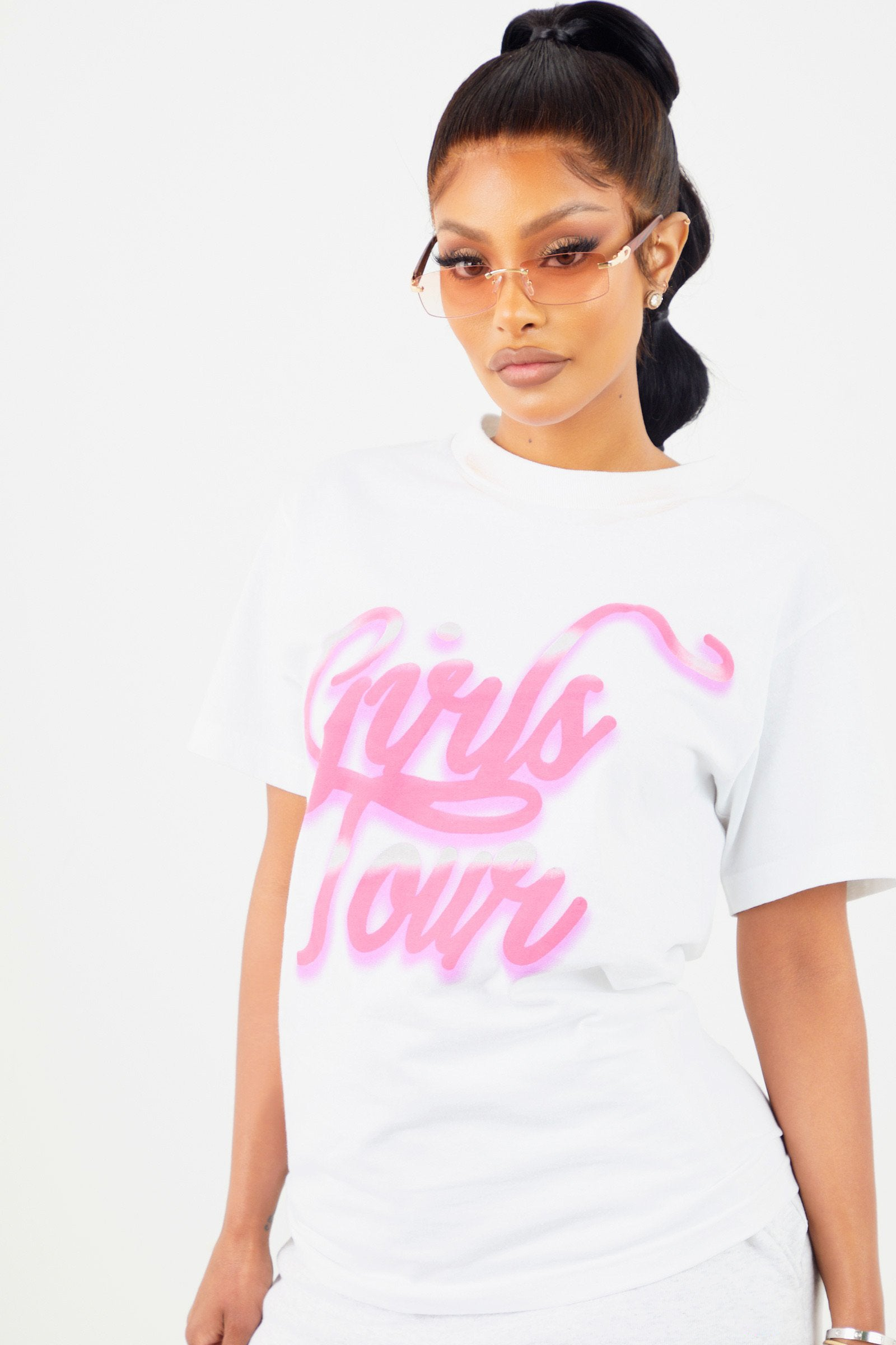Girls Tour Airbrush Tee