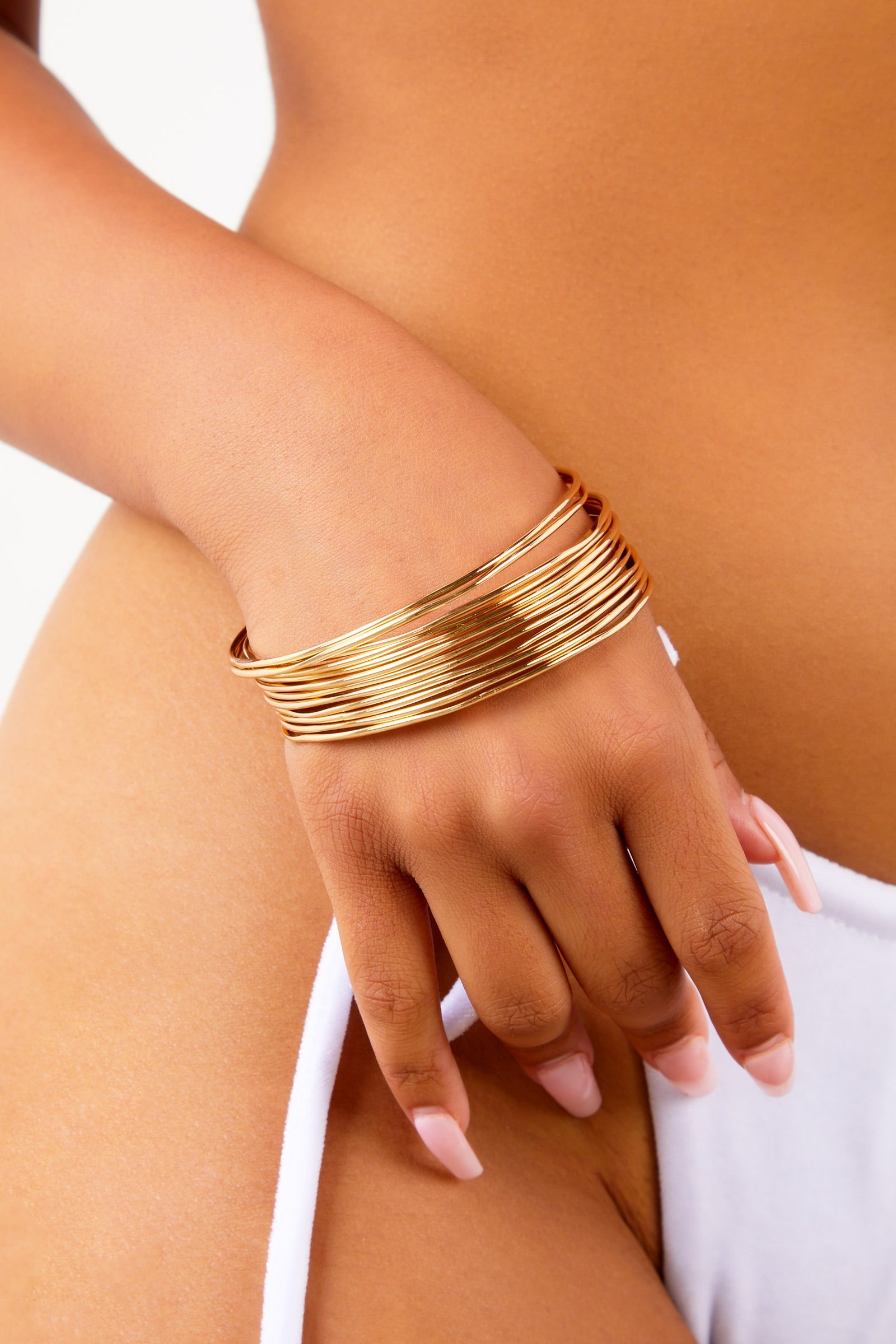 Gold Thin Bangles Set