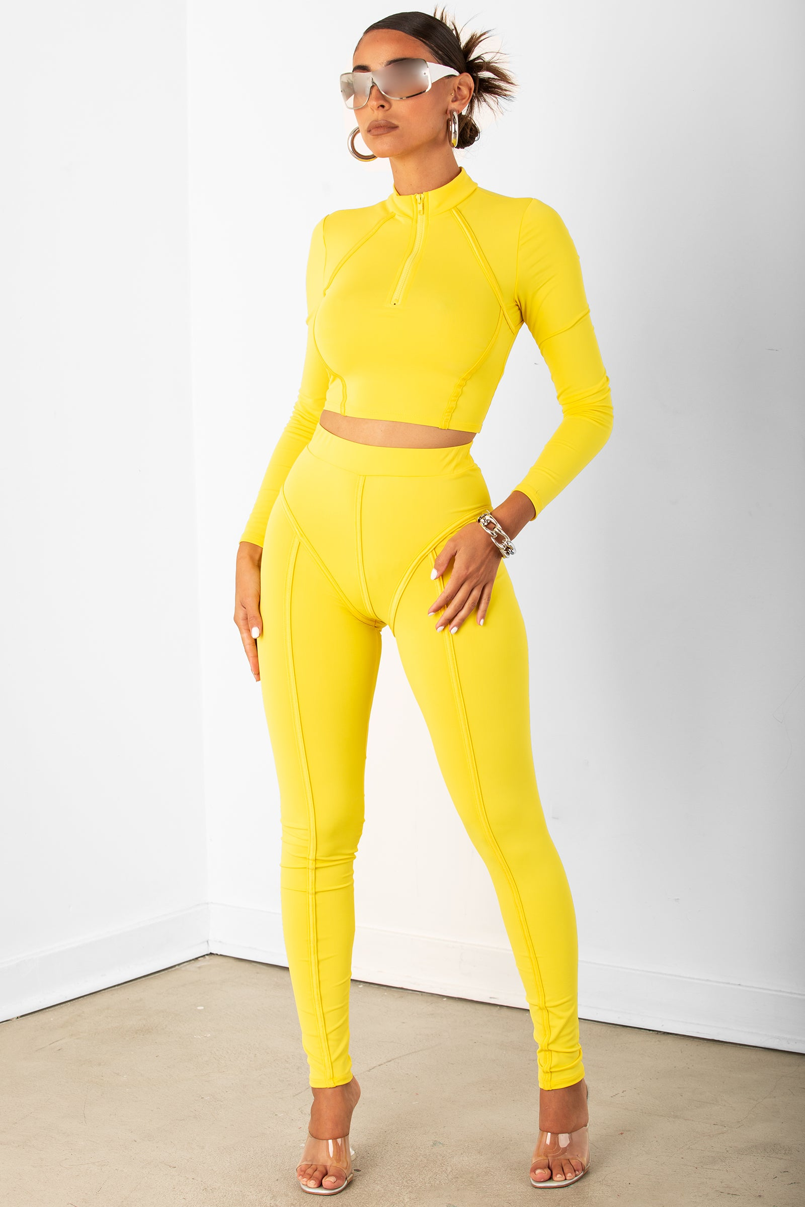 Canary Thick Piping Two Piece Set