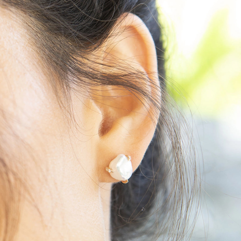 Diamond Claw and Pearl Studs