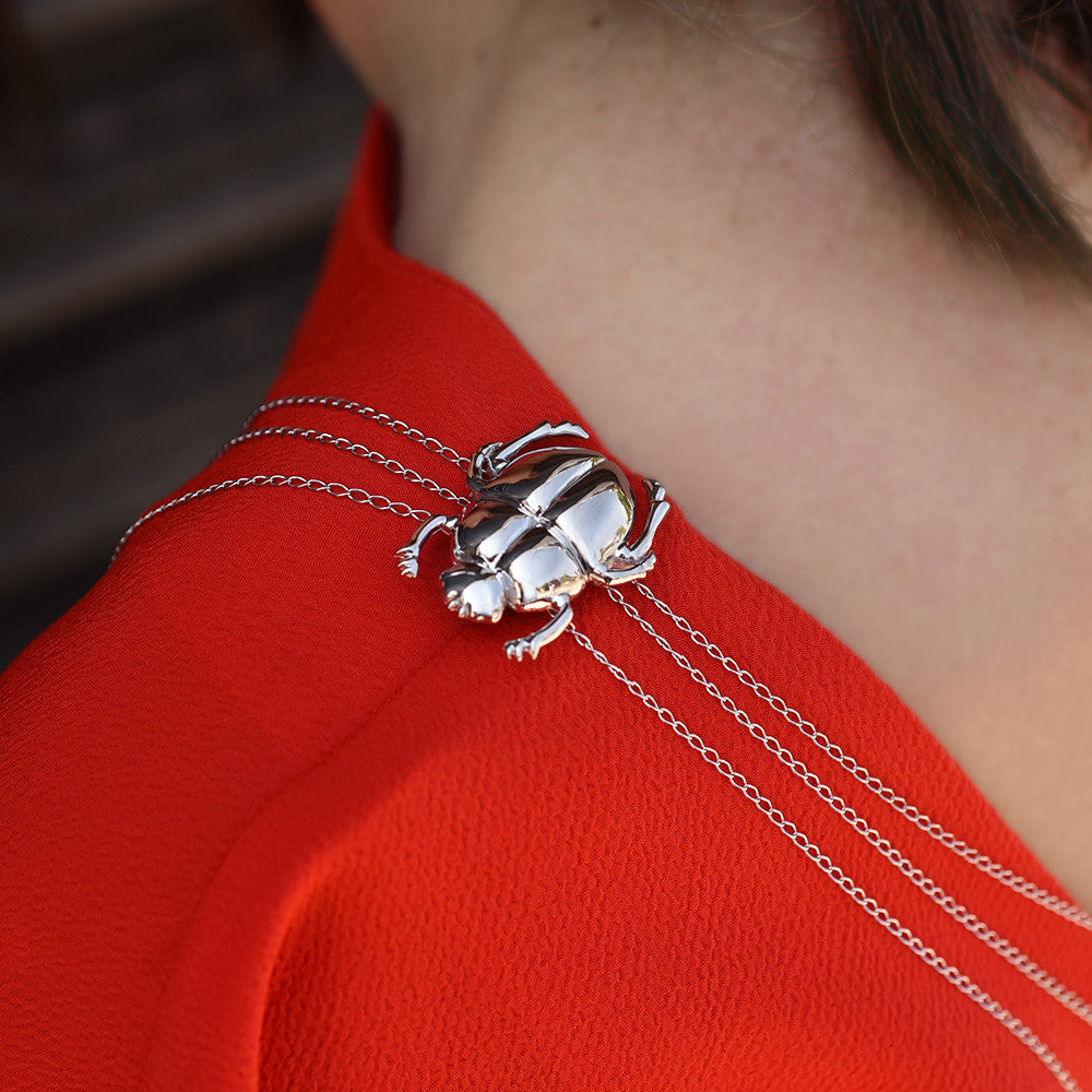 Beetle Shoulder Brooch - Isometric Model View - Body Chain - DoMo Jewelry