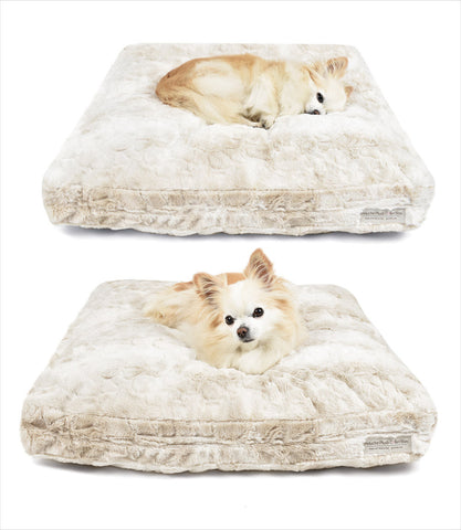 Cuddle Cloud Square Dog Bed - Peluche Plush Bunny Cream