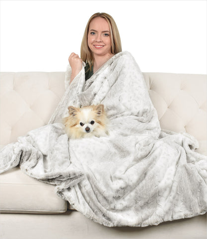 Peluche Plush Snow Leopard Throw Blanket