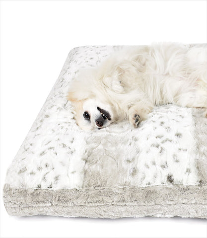 Cuddle Cloud Snow Leopard Square Dog Bed - Peluche Plush