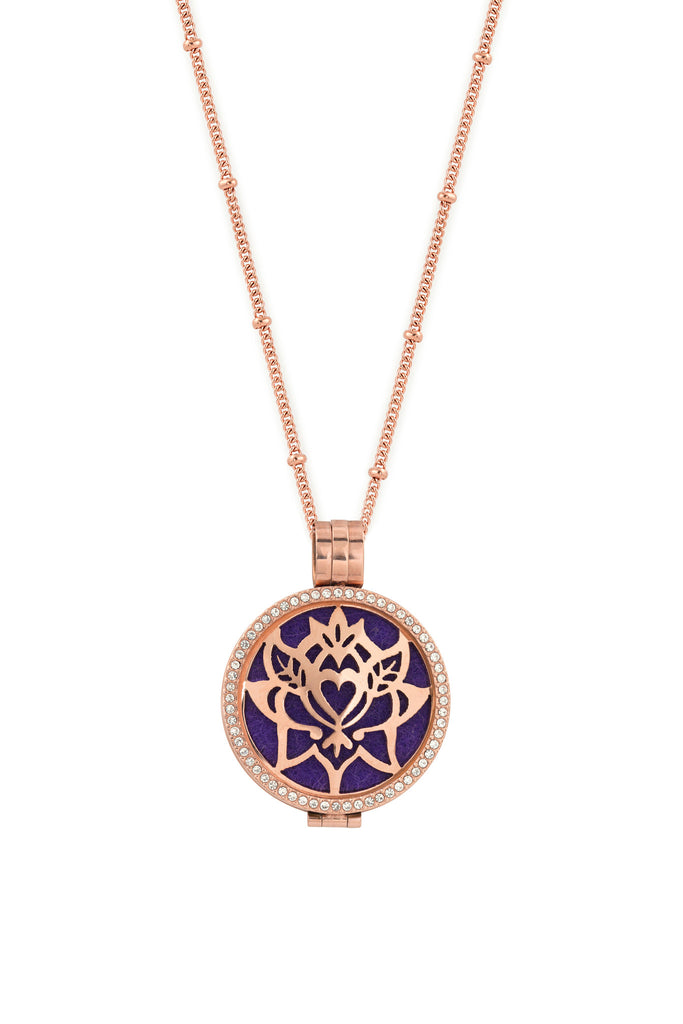 Round Rose Gold Premium (35mm) Aromatherapy / Essential Oils Diffuser Locket Necklace + 3 Insertable Plates, Bag and 9 Diffuser Pads - AromaLuxe London - 4