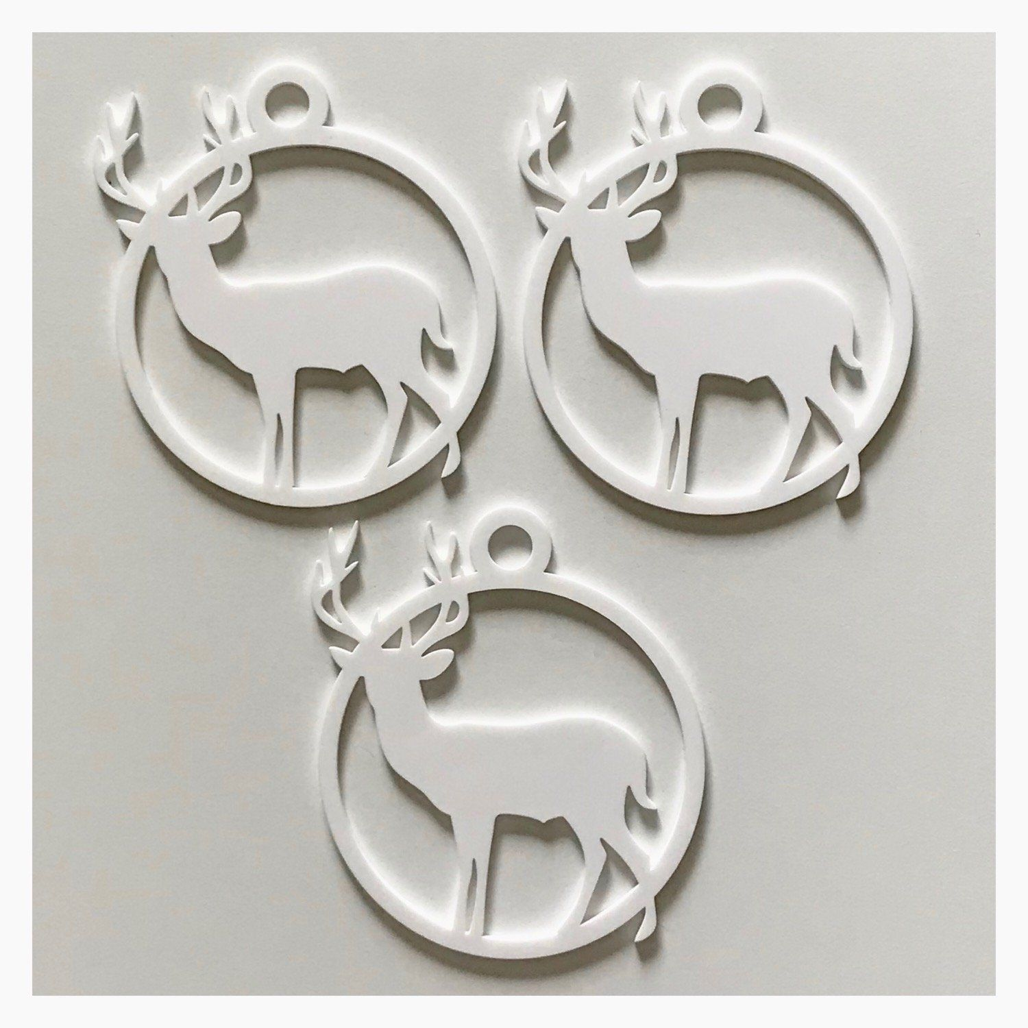 Stag Deer Decoration Hanging Set Of 3 White Plastic Acrylic Country Decor Garden