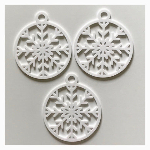 Snowflake B Decoration Hanging Set Of 3 White Plastic Acrylic Country Decor Garden - The Renmy Store