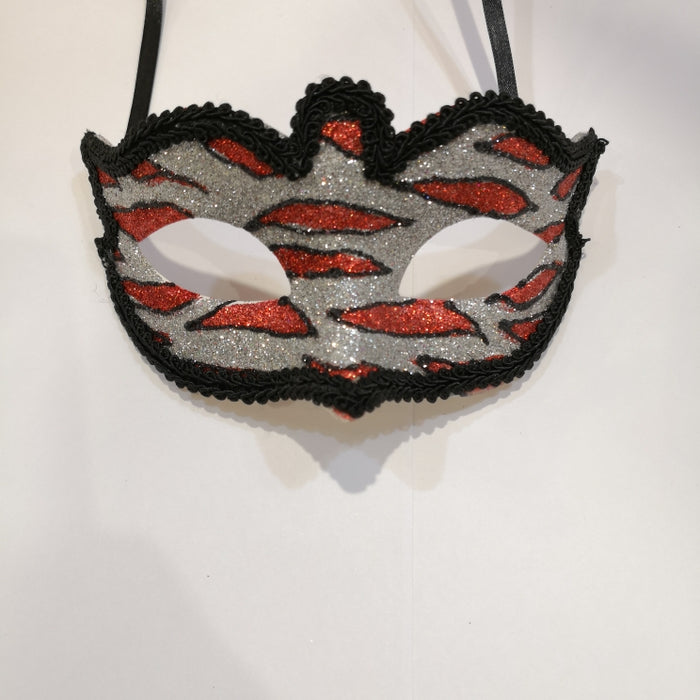 Lace Mask with Glitter