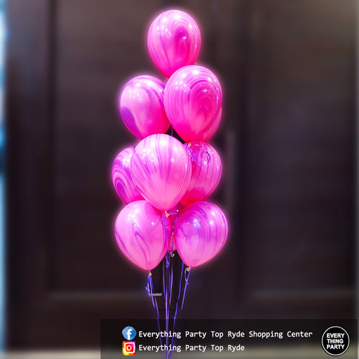 Marble helium balloon bouquet